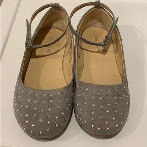 LIKE NEW!  American Eagle Girls Shoes